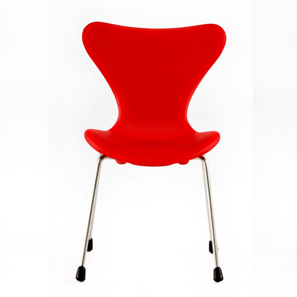 Minimii Miniature Series 7 Chair Arne Jacobsen Panik Design