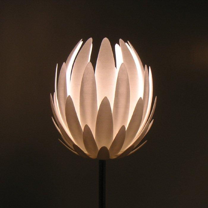 MGX by Materialise - Lily Table Light 3D Printed & MGX by Materialise - Lily Table Light 3D Printed | Panik Design azcodes.com